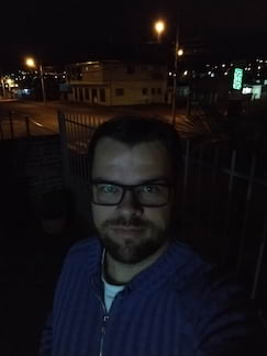 Moto G6+ - selfie noturna sem flash