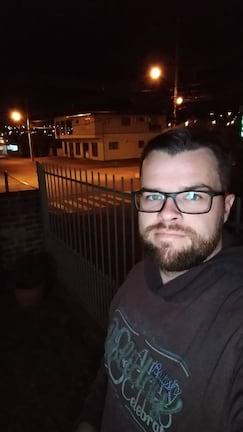 Moto Z3 Play - selfie noturna com flash da tela