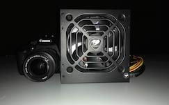 Câmera traseira - pouca luz, flash ativo