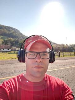 Selfie contra o sol, HDR trabalhando super bem para iluminar meu rosto