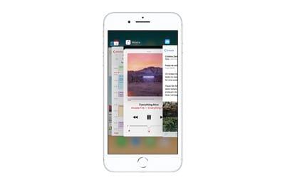 iPhone 8 Plus 64GB Cinza Tela 5.5 ? iOS 12 4G C?mera 12MP - Apple