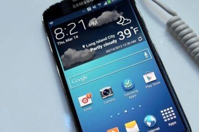 Galaxy S4 chegará ao Brasil por R$ 2.499, afirma Samsung