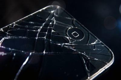 Próximo iPhone deverá vir mas resistente a quedas