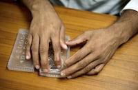 Primeiro smartphone em Braille está sendo confeccionado na Índia