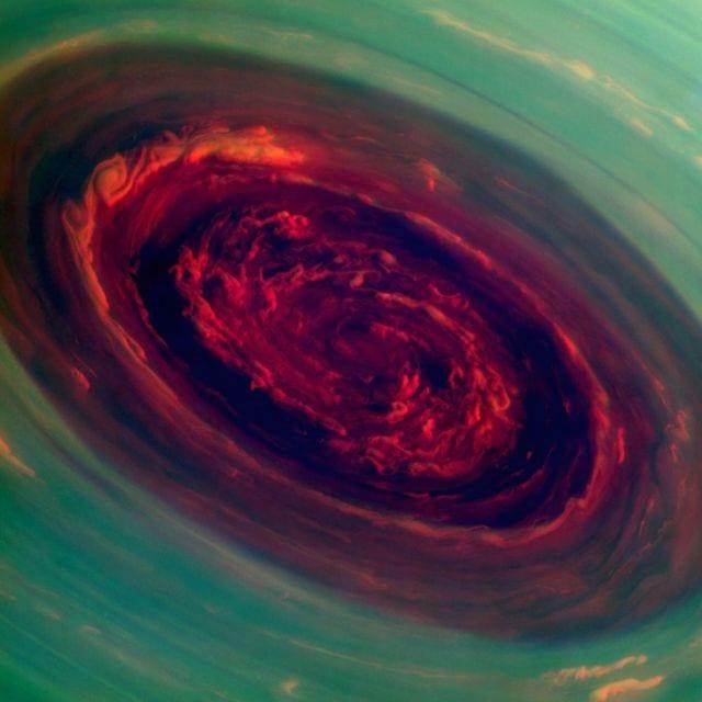 NASA identifica Superfuracão em Saturno