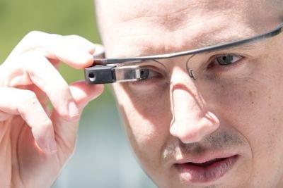 Usuários do Google Glass podem fotografar com um piscar de olhos