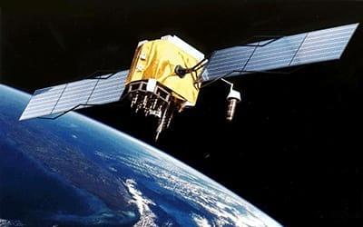 O que são sistemas de navegação por satélite?