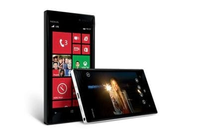 A hora da Nokia: Lumia 928 bate Galaxy S3 e iPhone 5