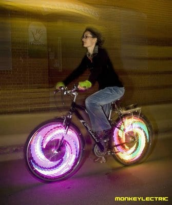 MonkeyLectric, LEDs para animar as pedaladas