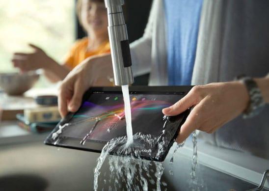 Xperia Tablet Z à prova d'água chega ao Brasil