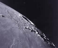 Cientistas da NASA descobrem sinais de �gua nativa na Lua