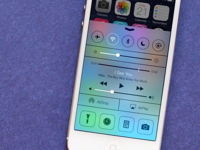Apple libera atualização para iOS 7.0.4