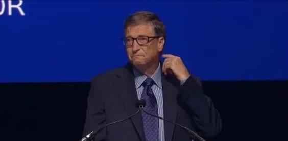 Bill Gates seca as lágrimas ao falar sobre Steve Ballmer