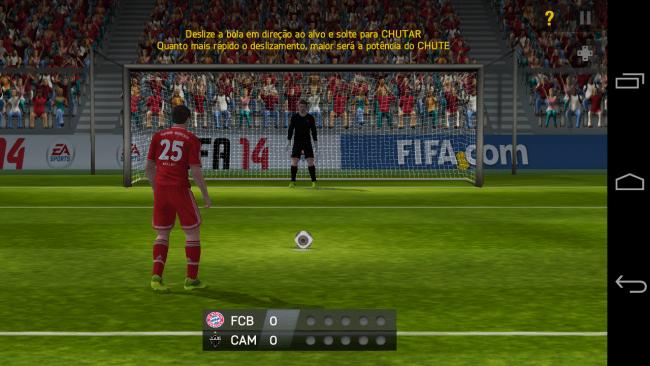 Jogando FIFA 2014