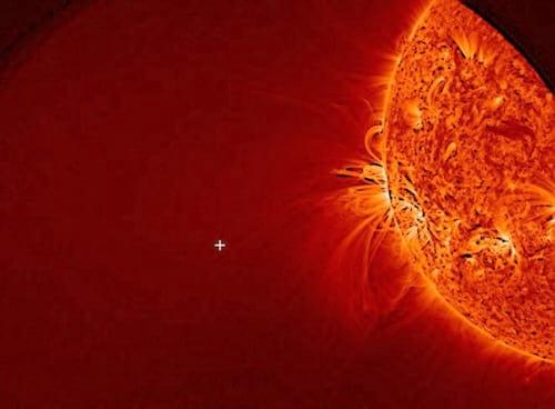 Imagem mostra cometa Ison sobrevivendo ao sol