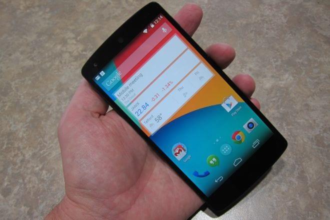 Nexus 5 surge em lojas virtuais brasileiras por R$ 1,799