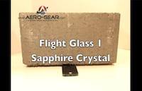 Veja como se comporta a tela de cristais de Safira diante de um bloco de concreto [Vídeo]
