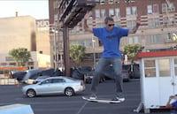 Vídeo com skate voador faz sucesso na web