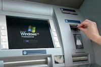 Bancos correm para atualizar caixas eletrônicos
