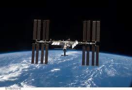 Estação Espacial Internacional recebe nave de carga russa