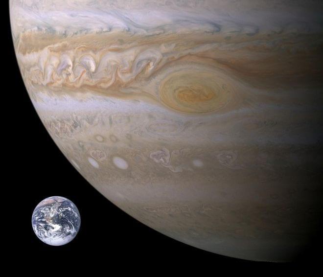 Mancha avermelhada de Júpiter está diminuindo