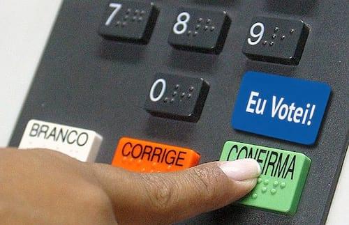 Facebook terá botão de aviso de voto nas eleições brasileiras