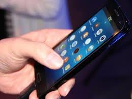 A cada quatro celulares vendidos no Brasil, três são smartphones
