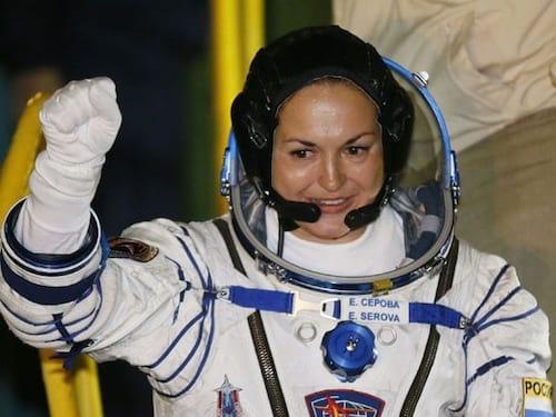 Rússia envia primeira mulher à ISS
