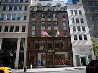 Nova loja da Microsoft em NY ficará a poucos metros de Apple Store