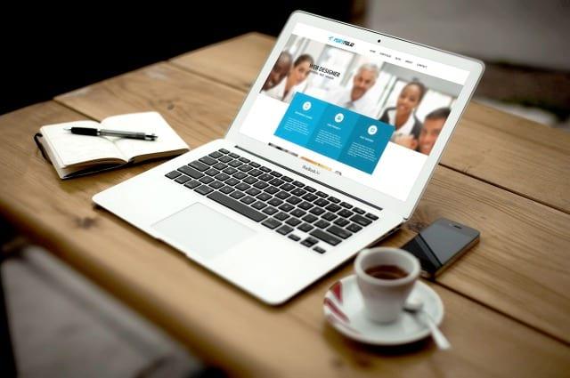 Web Designer, o uCoz quer você!