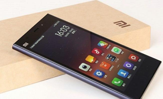 Smartphone mi4 da Xiaomi.