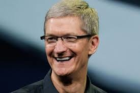 Tim Cook assume ser gay