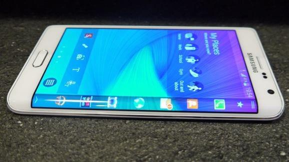 Samsung Galaxy Note Edge chega hoje aos Estados Unidos