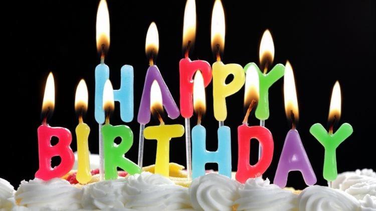 Como responder todas as mensagens de feliz aniversário no Facebook?