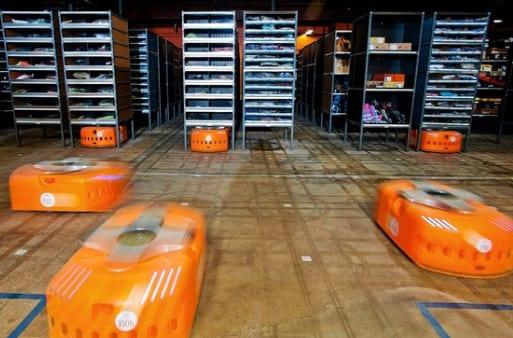 Amazon passa a contar com a ajuda de mais de 15 mil robôs em seus depósitos de estoques