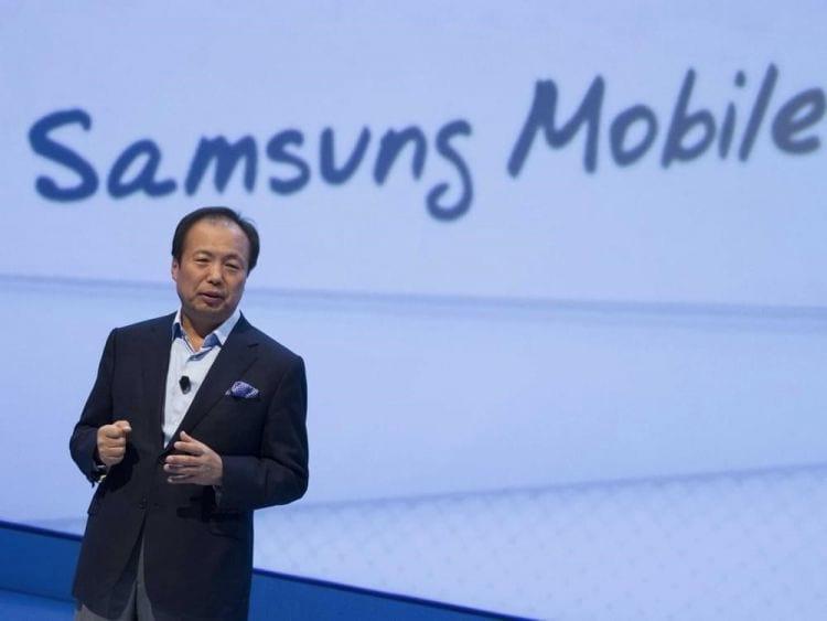 Samsung passa por reestruturação e mantém seu chefe da divisão mobile
