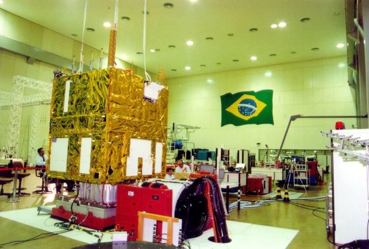 Satélite sino-brasileiro envia primeiras informações após lançamento