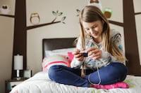 Qual idade certa para dar um celular para uma criança?