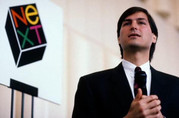 Steve Jobs a frente da NeXt após a sua demissão da Apple