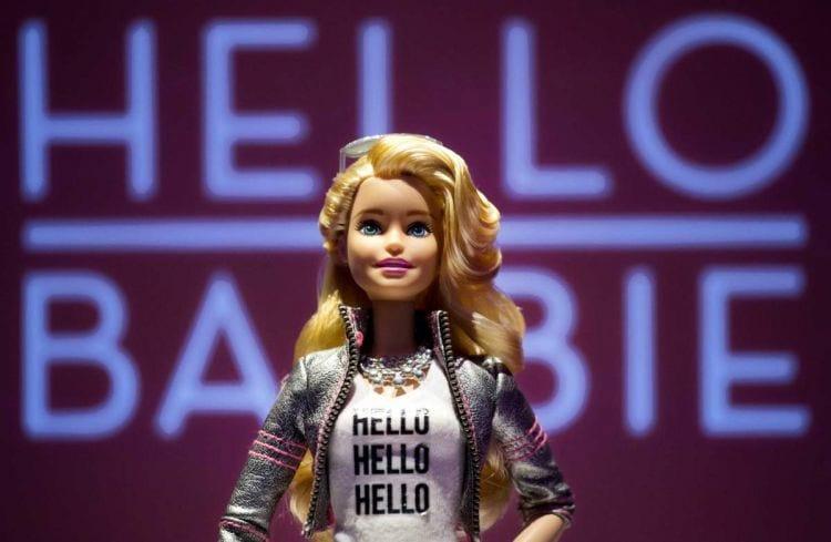 Barbie que utiliza assistente de voz causa mal-estar entre advogados e fabricante