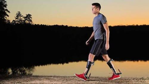 Cientistas criam exoesqueleto que reduz em 7% o esforço da caminhada