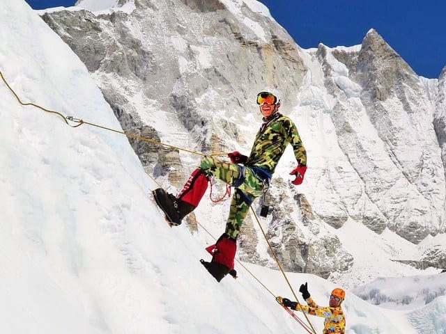 Executivo do Google morre em avalanche no Everest