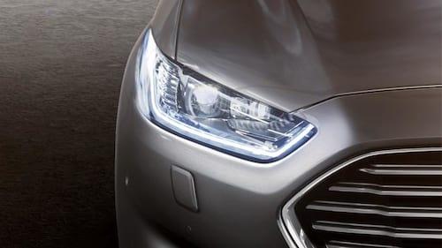Ford testa nova tecnologia de faróis