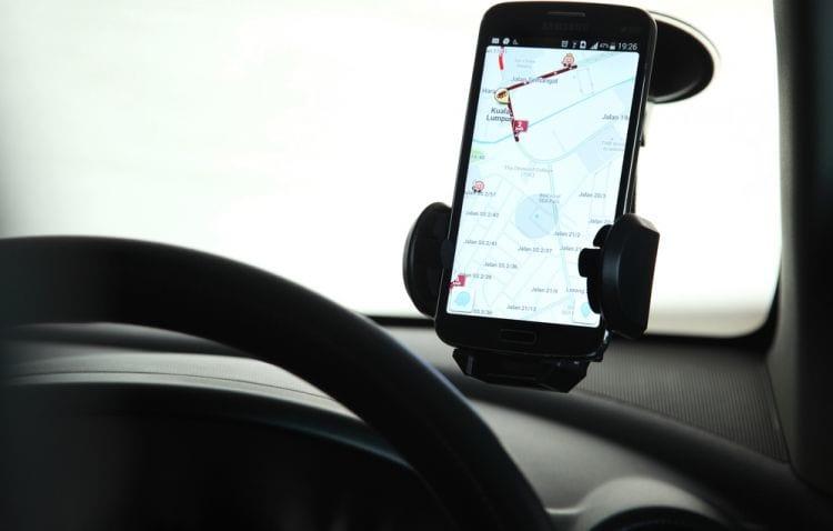 Waze, agora, ajuda motoristas a escaparem do rodízio