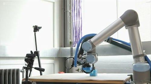 Cientistas desenvolvem robô que pode construir outros melhores