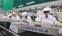 Foxconn irá contratar 100 mil para fabricação de novos iPhones