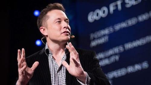 Elon Musk pretende bombardear Marte para torná-lo habitável