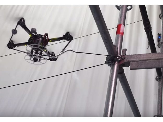 Drones são responsáveis por construção de ponte