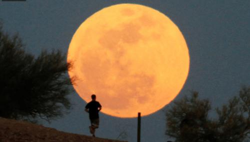 Eclipse total e Super Lua irão acontecer hoje, dia 27