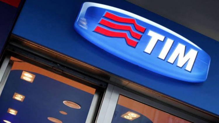 Tim e OI anunciam planos sem cobrança de taxa entre ligações